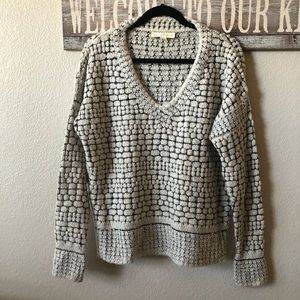 Love Stitch V Neck Pullover Sweater. Size Large.